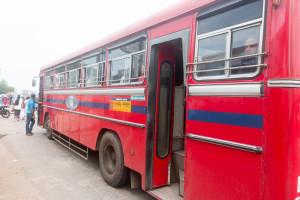 Busse bringen einem am günstigsten in Sri Lanka ans Ziel