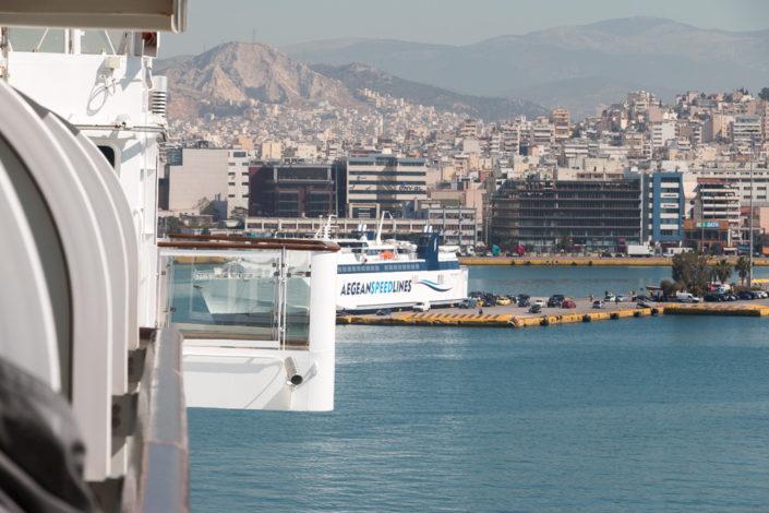 Mein Schiff 2 in Piraeus