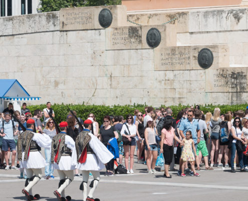 Wachablöse am griechischen Parlament