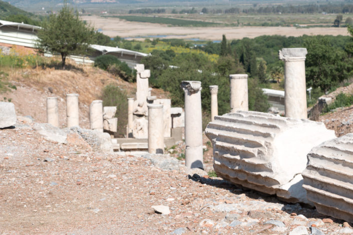 Alte Säulen überall