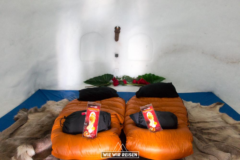 Schlafsack Iglu Hotel