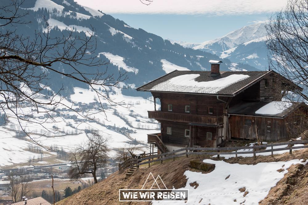Urige Berghütte in Brixen im Thale
