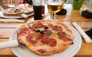 Pizza in der Pizzeria Pamboleria Tigy`s
