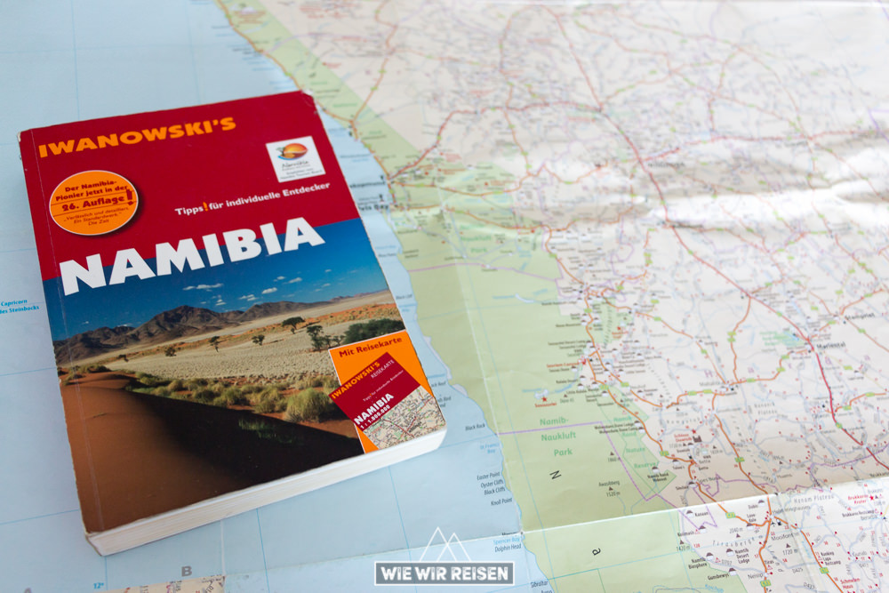 Iwanowski Reiseführer Namibia mit Karte