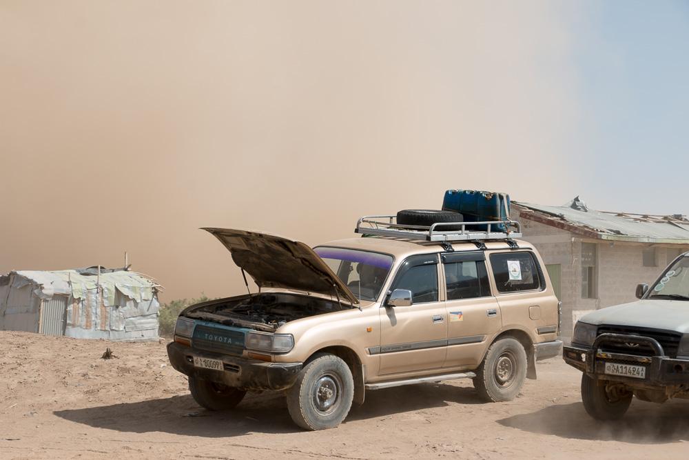 Windhose Sandsturm im Afar Dorf