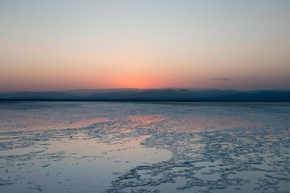 Salzstrukturen des Ass-Ale Salzsees