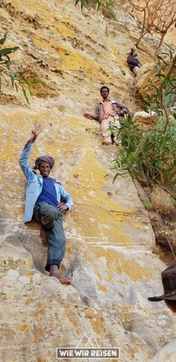 Aufstieg zur Felsenkirche Abuna Yemata