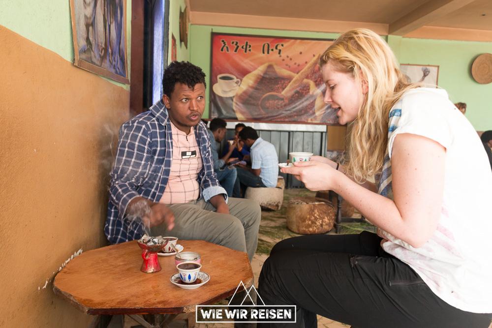 Kaffee Pause in einem Cafe in Wukro