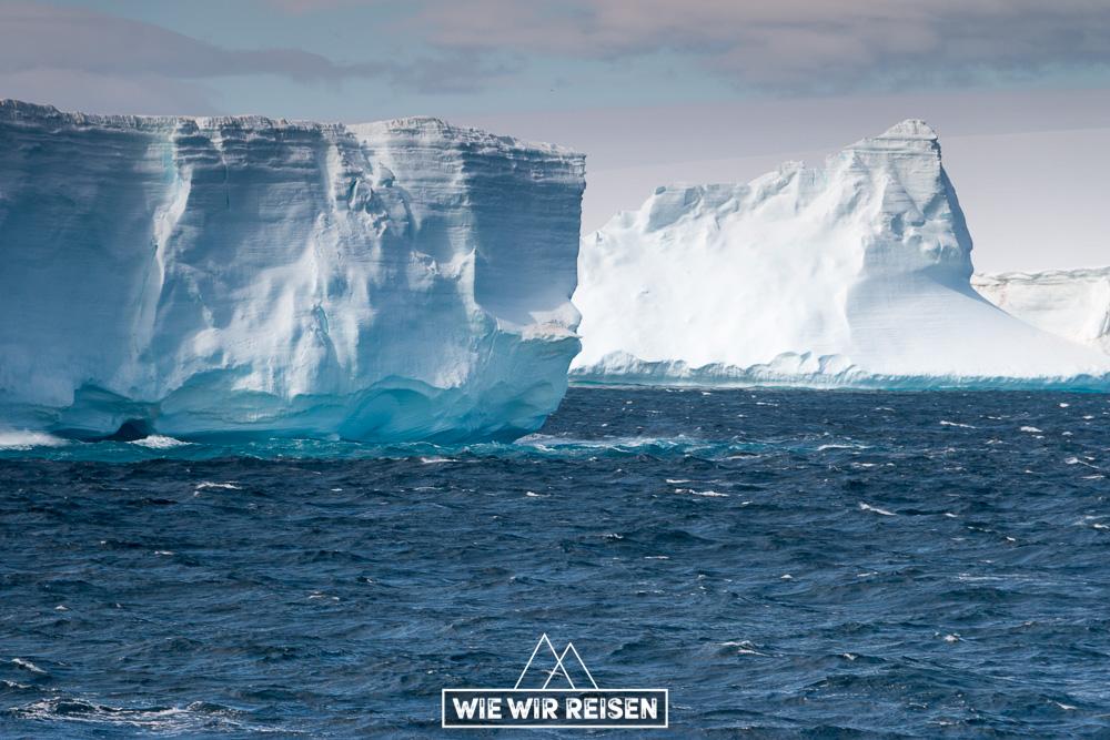 Eisberge im Antarctic Sound