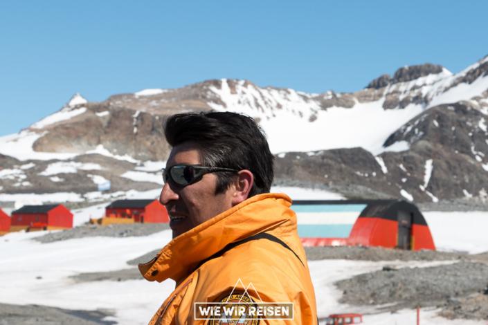 Der Stationsleiter der argentinischen Antarktis Station Esperanza