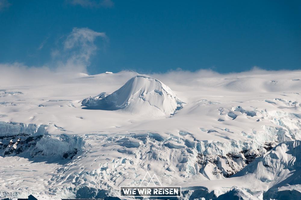 Unwirklich erscheinende Landschaften der Antarktis