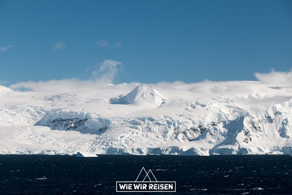 Gletscher in der Gerlaiche Strait