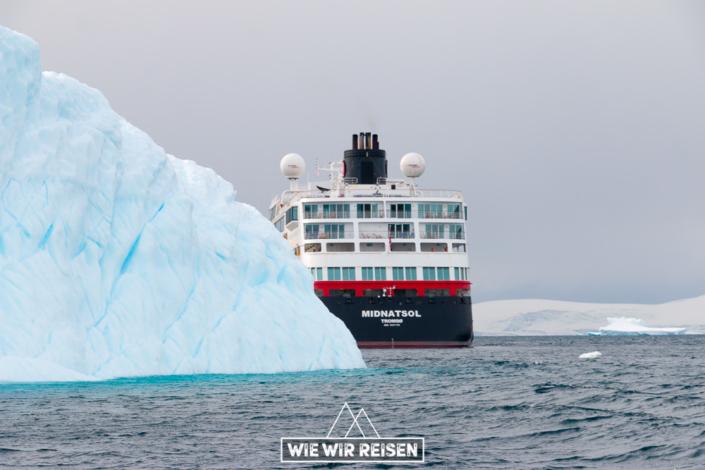 MS Midnatsol Heck in der Antarktis